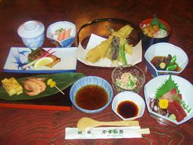 3800円コース前菜刺身焼き物酢の物揚げ物(天ぷら)煮物ご飯物デザート